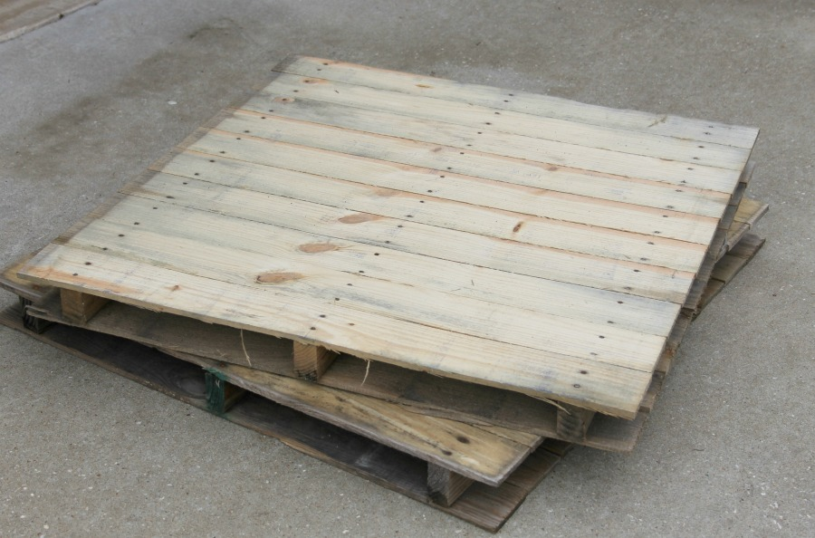 raw pallet wood for diy wooden crate build
