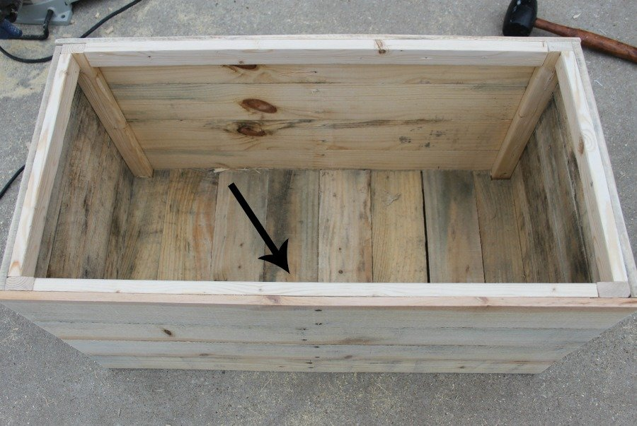 brace sides wooden crate