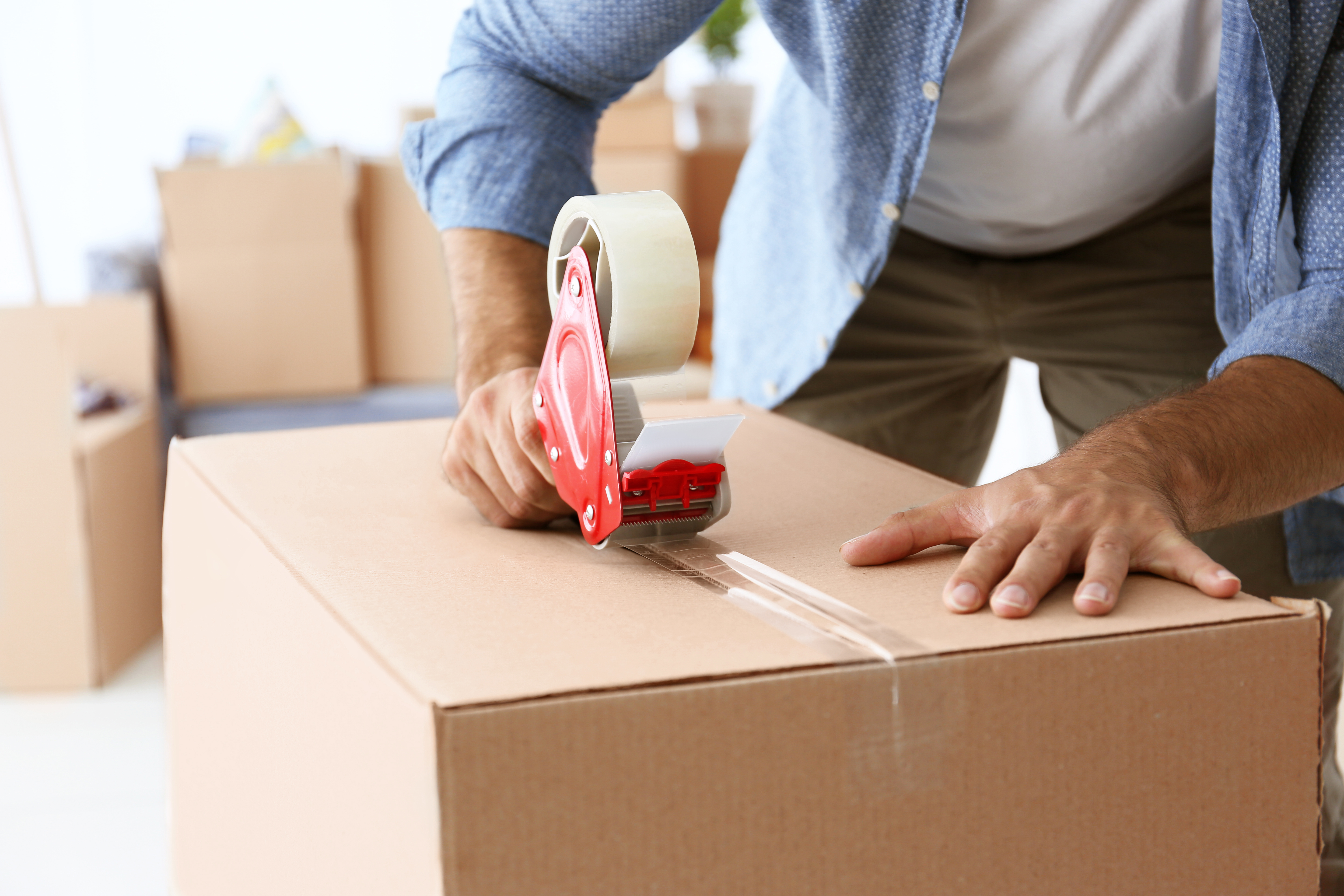Moving In Together Advice - When to Pack Boxes
