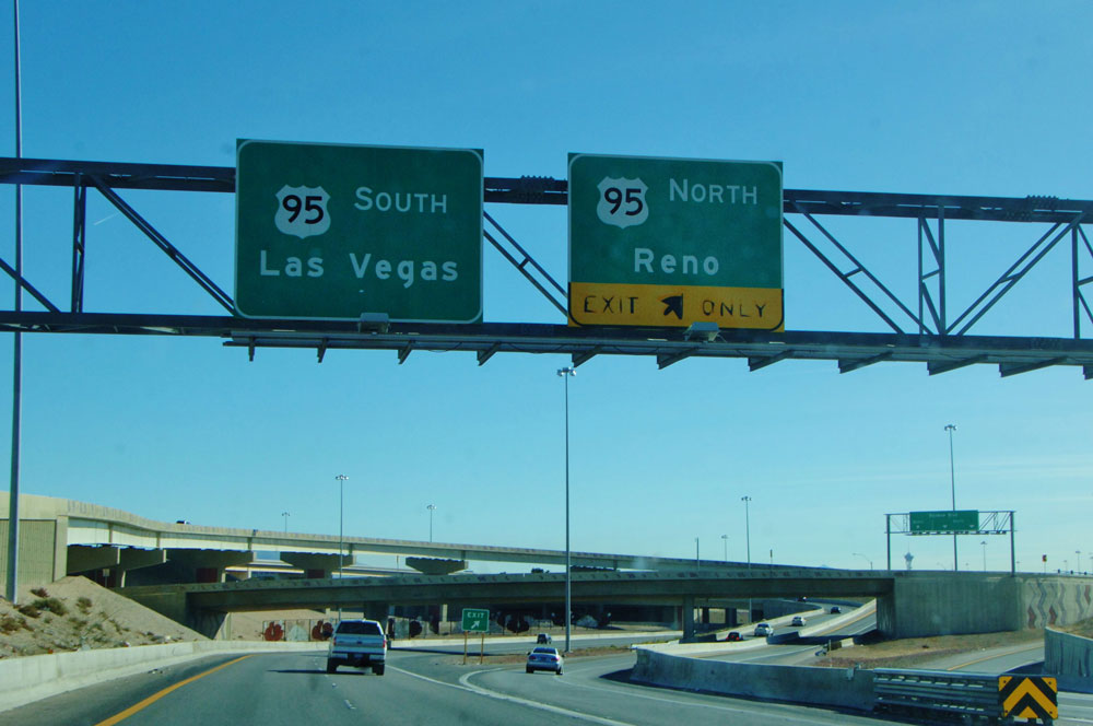 Moving to Las Vegas, a Local's Guide - Vegas Highway Sign