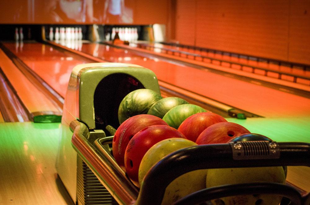 Retiring in Las Vegas - Bowling Alley