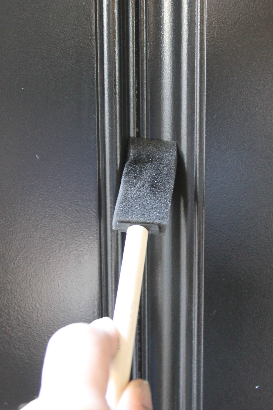 Curb Appeal Ideas - Refinish Front Door Using Dry Foam Brush to Smooth Out Drips