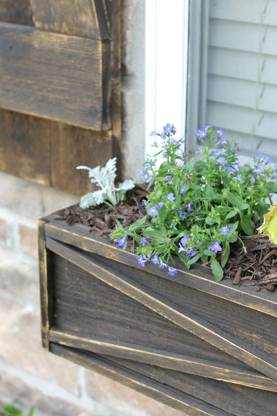 Curb Appeal Ideas - Re-stain Wood Furniture and Flower Boxes