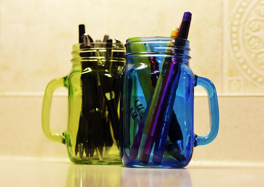 Mason Jars For Inexpensive Organization