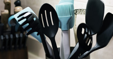 Cheap Kitchen Counter Utensil Storage