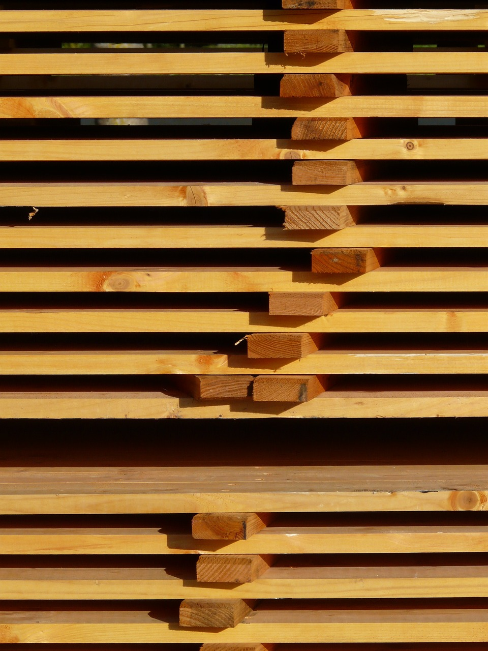How to stack lumber for woodworking