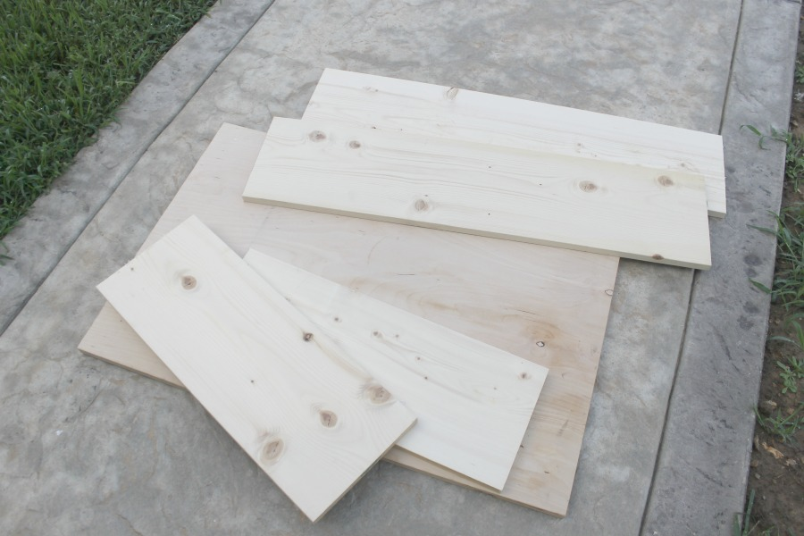Plywood cut for under bed storage DIY project