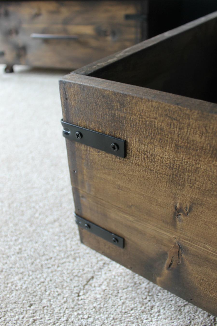 under bed storage diy how to make your own. Black Bedroom Furniture Sets. Home Design Ideas