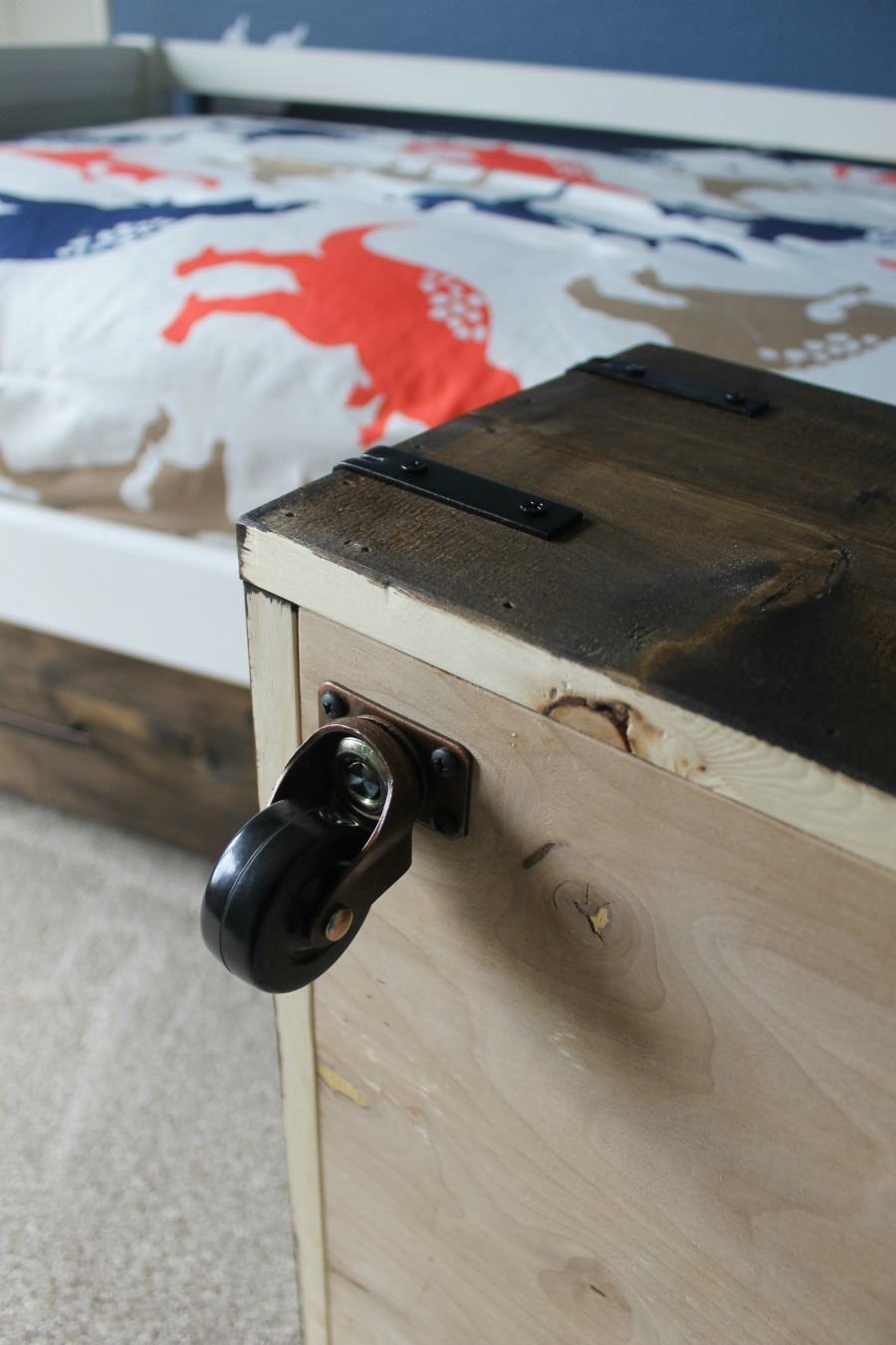 Casters on Under Bed Storage Box
