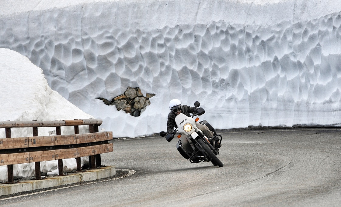 how to store a motorcycle in the winter