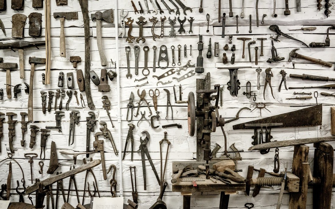 how to organize a tool shed