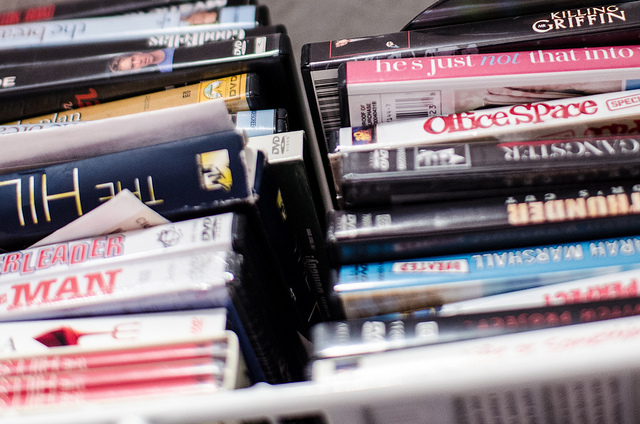 How to declutter and organize your electronics