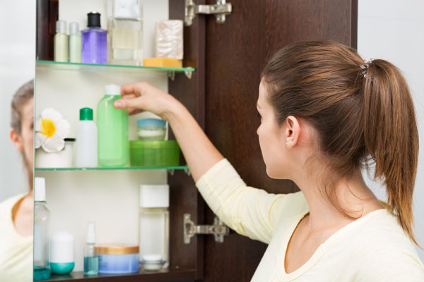 How to declutter and organize your medicine cabinet - monthly tips
