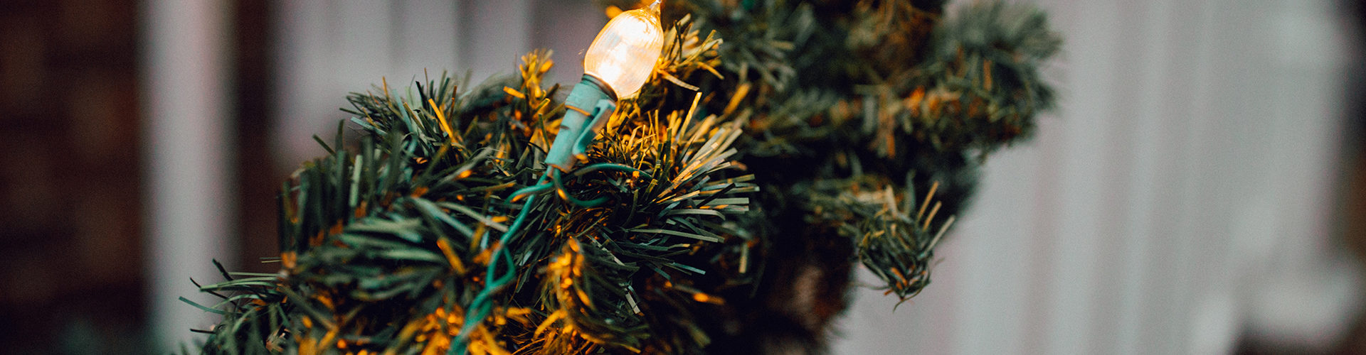 14 Christmas Decoration Storage Ideas and Tips