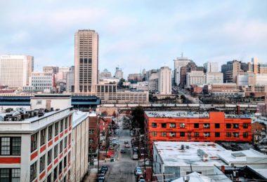Moving to Richmond VA Guide - City Skyline